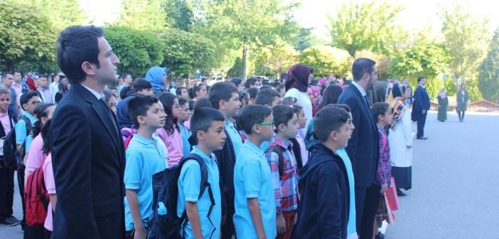 Gençlik 15 Temmuz'la Açıldı