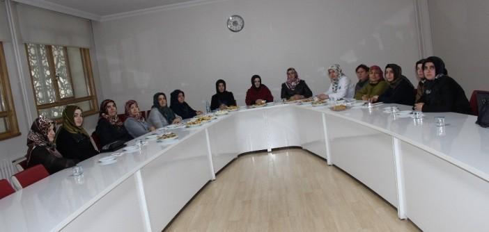 Gençlik Okul Aile Birlikleri Enderun'da Toplantı Yaptı