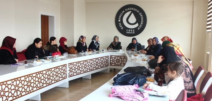 Okul Aile Birliği Ve  Sınıf Anneleri  Bir Araya Geldi