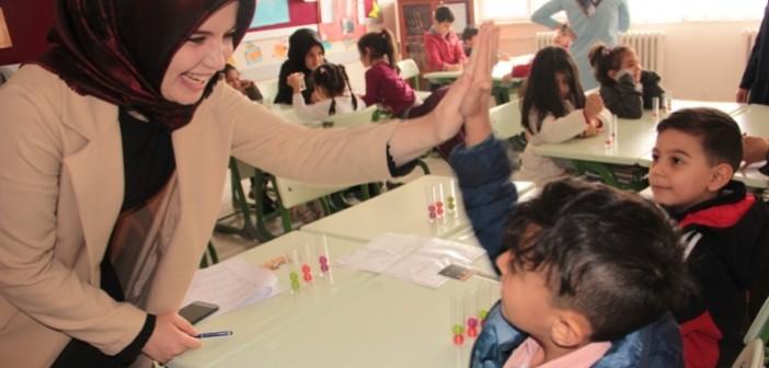 Gençlik Eğitim Kurumları'ndan Bilişsel Oyun Şenliği ve Genç Zekalar Yarışıyor Etkinliği