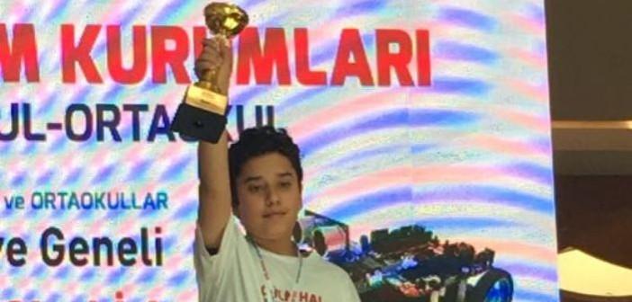 Özel Gençlik Robot Yarışması'nda