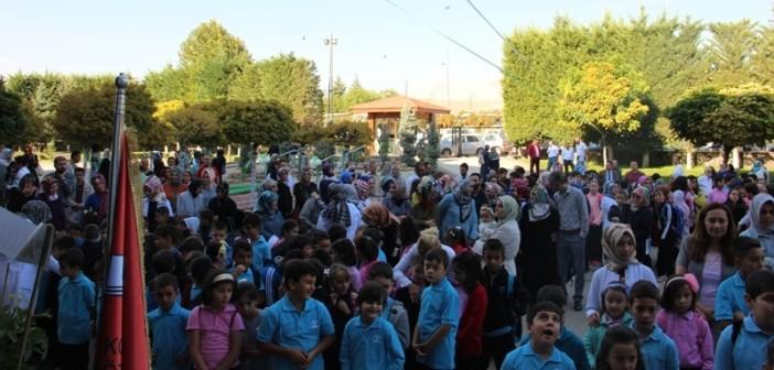 Özel Gençlik İlkokulu/Ortaokulu Açılış Töreni