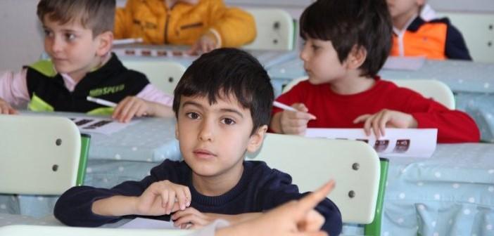 Gençlik Eğitim Kurumlarından Bilişsel Oyun Şenliği Ve Genç Zekâlar Yarışıyor Etkinliği