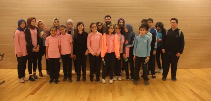 Gençlik Ortaokulu Yazarlık Becerisi ve Kreatif Düşünme Atölyesinde