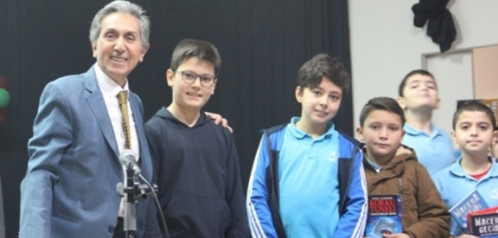 Gençlik Öğrencileri Yazarlarla Buluşmaya Devam Ediyor