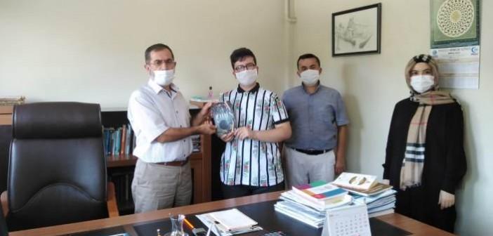 Sabit Talha Şahin'den Gençlik Eğitim Kurumları Kurucu Temsilcisi Muharrem Turşucu'ya Ziyaret